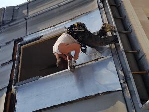 Pose fenêtre de toit Paris